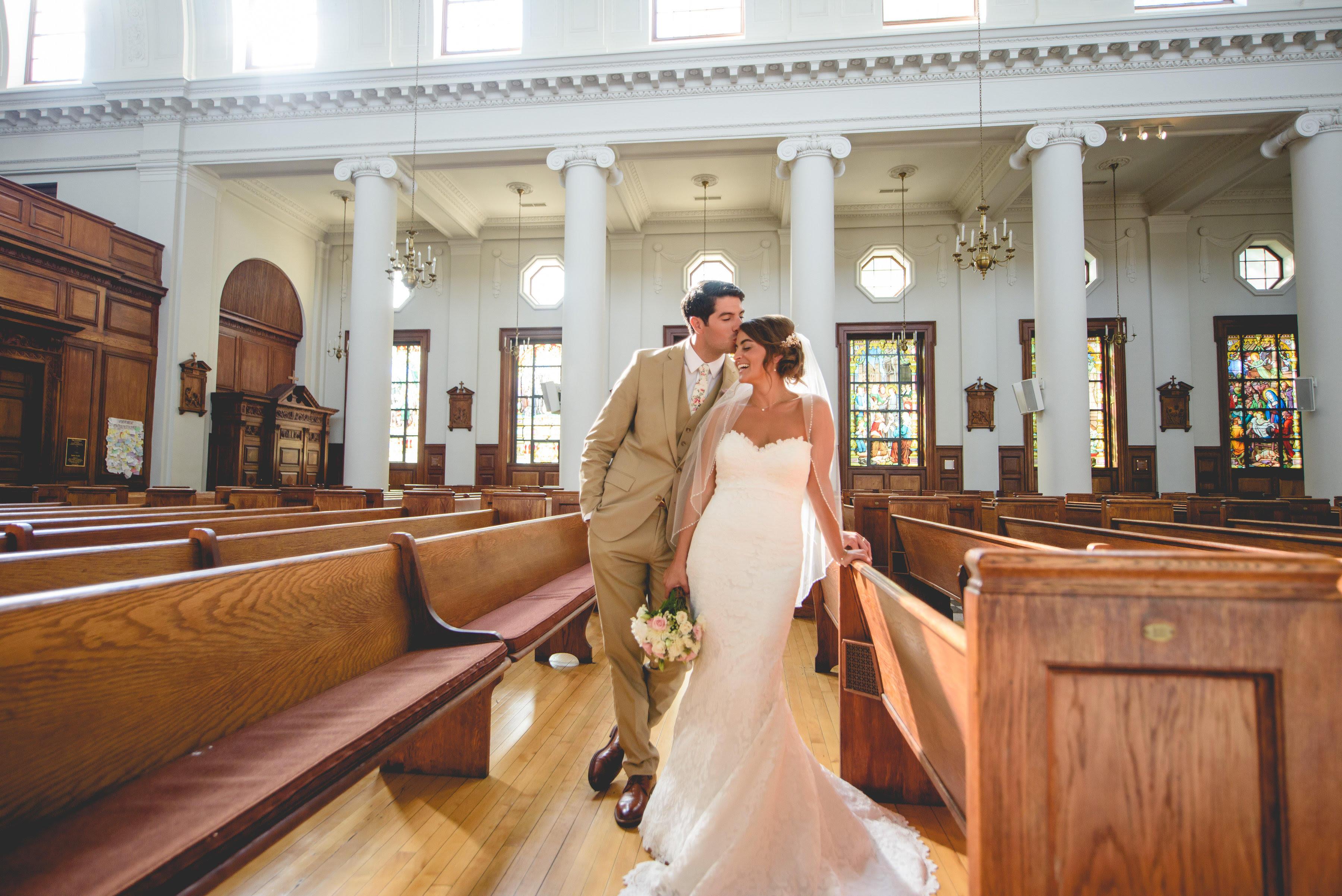 Newlywed couple in Chapel De La Salle.