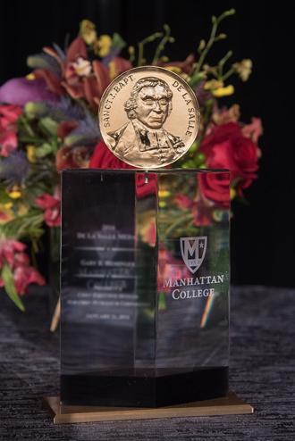 De La Salle medal