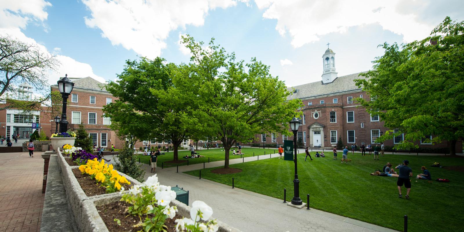 Manhattan college green campus