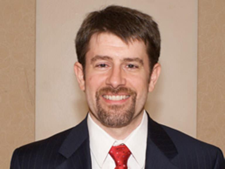 Portrait photo of Paul Droubie