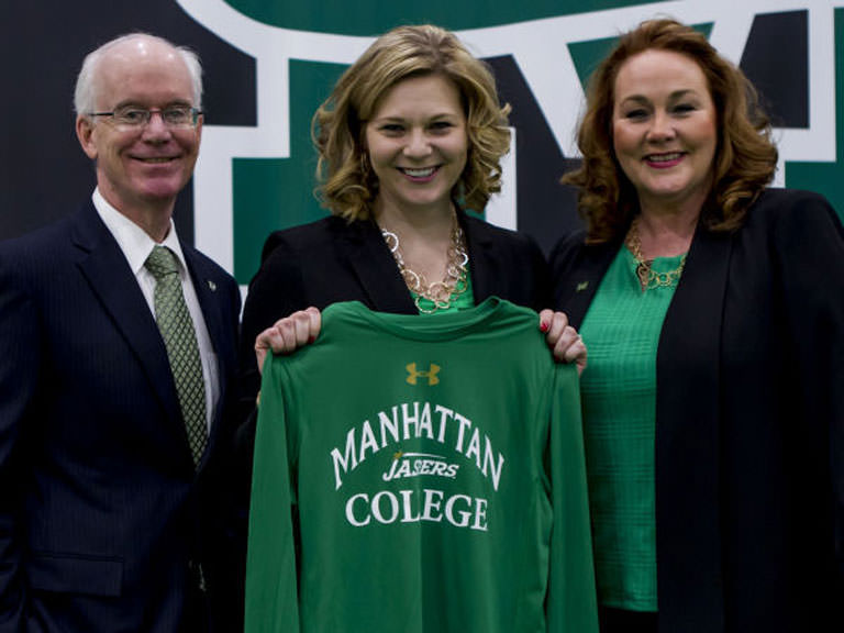 Heather Vulin introduced as new women's basketball head coach