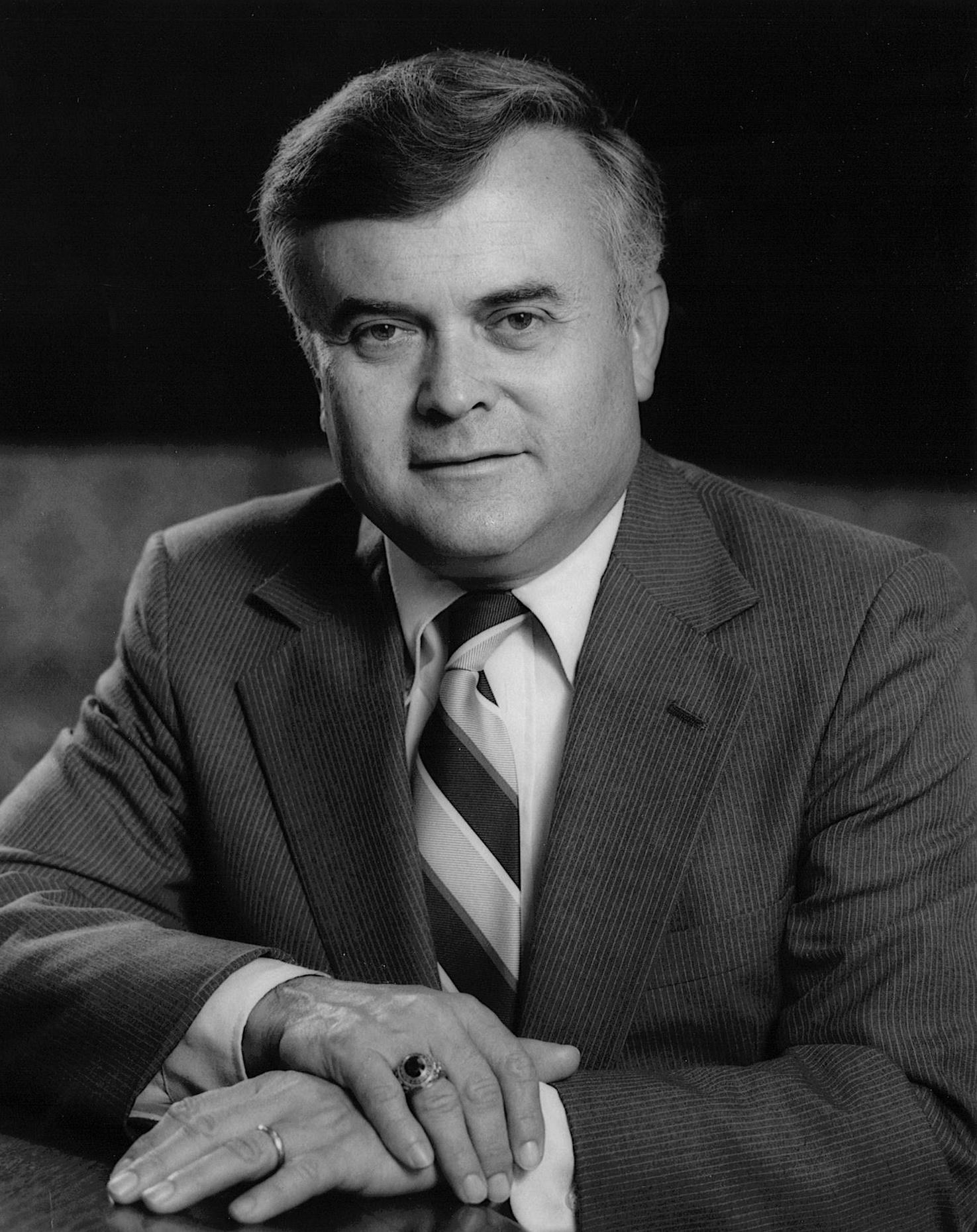 George Francis Knapp Jr '53