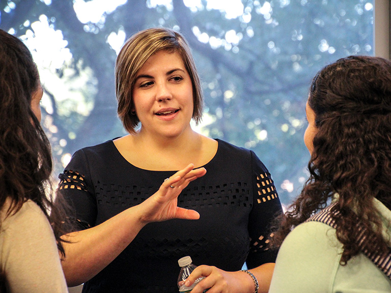 Alumna Natalie Kovac '07 shares insight with students.