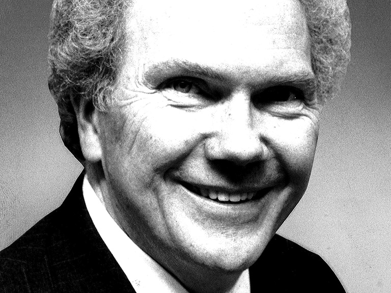 Bob English '56