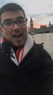 brett ilie poses with big ben in london