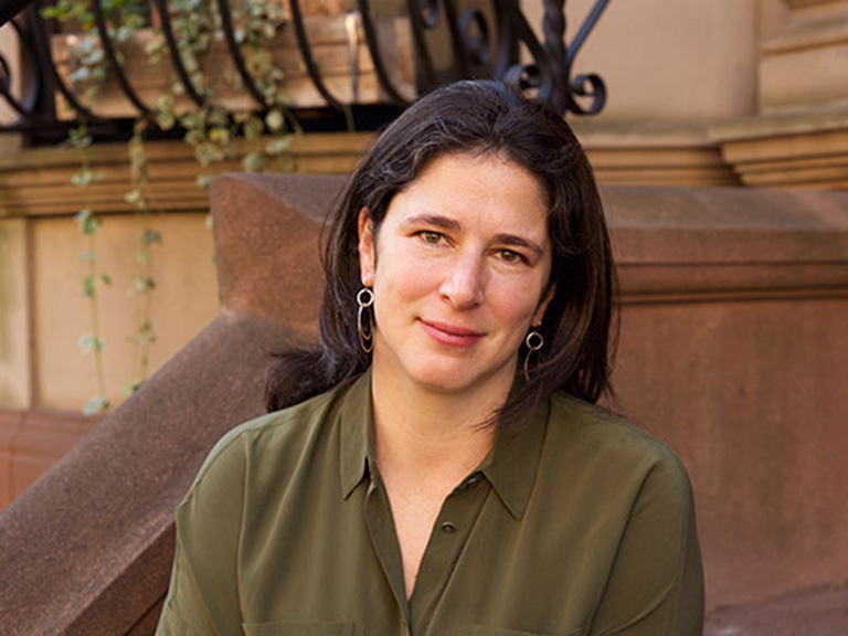 Rebecca Traister headshot photo
