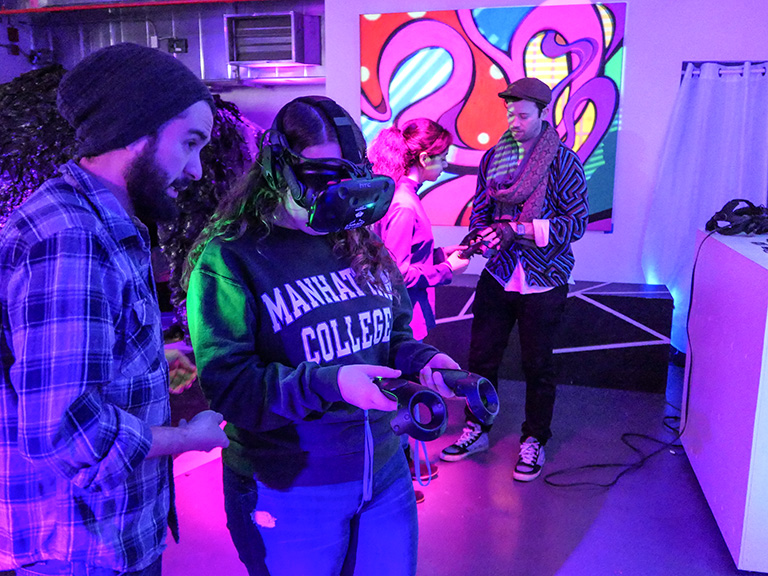 Students in virtual reality room