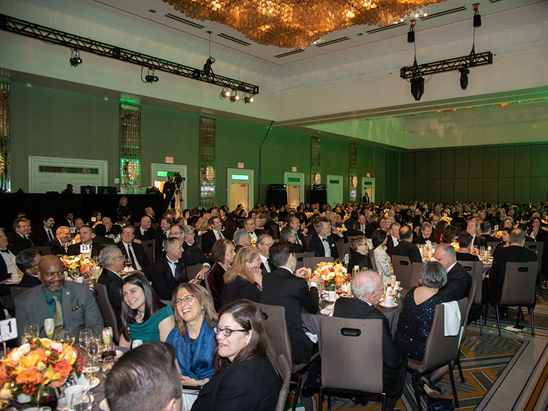 Crowd at 2019 De La Salle dinner